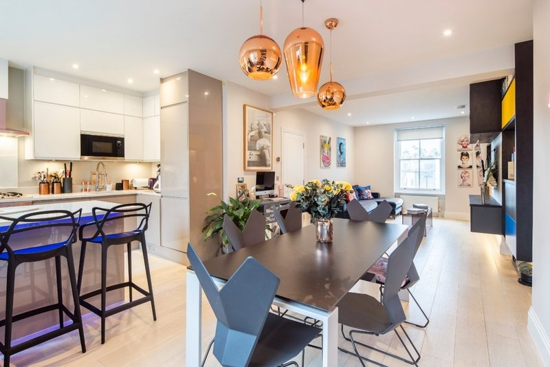 2 Bedroom Flat for sale in Primrose Hill, London,  NW3 3AS