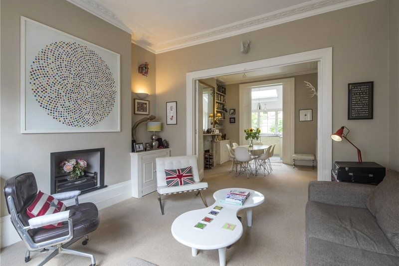 3 Bedroom Flat for sale in Primrose Hill, London,  NW1 8LN