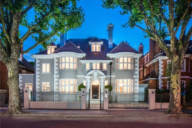 8 Bedroom House for sale in Primrose Hill, London,  NW3 3BU