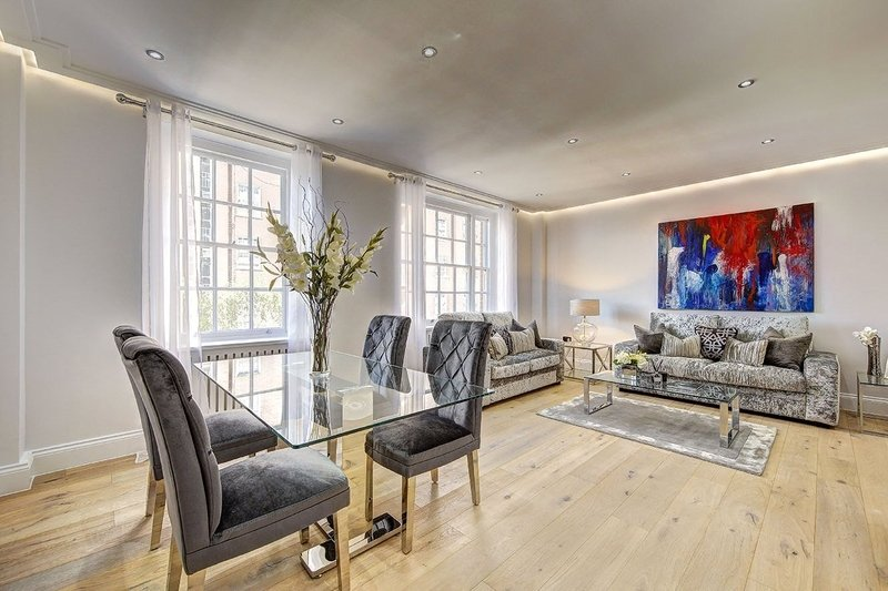 2 Bedroom Flat for sale in St John's Wood, London,  NW8 9TX