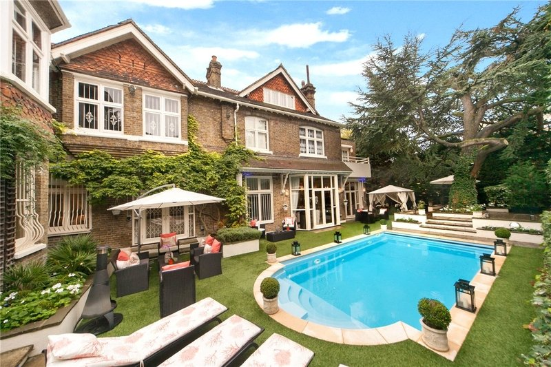 11 Bedroom House for sale in Hampstead, London,  NW3 6XY