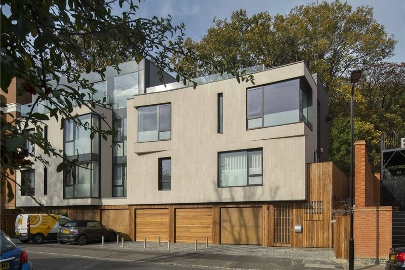 3 Bedroom House for sale in Hampstead, London,  NW3 5BX