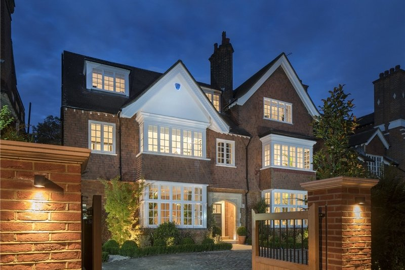 6 Bedroom House for sale in Primrose Hill, London,  NW3 3DN