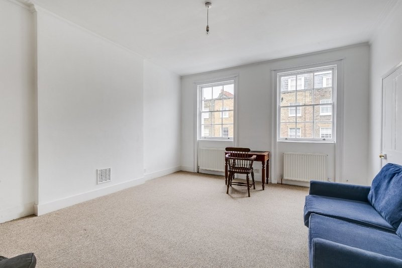 1 Bedroom Flat to rent in Second Floor Flat, London,  NW1 6HG