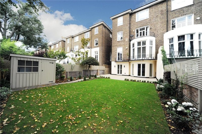 3 Bedroom Flat to rent in London, London,  NW3 4JJ