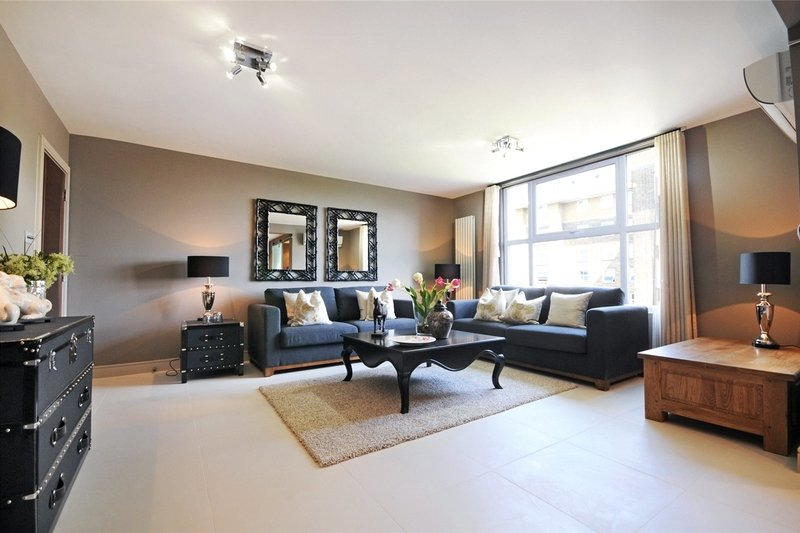 3 Bedroom Flat to rent in St John's Wood, London,  NW8 6NL