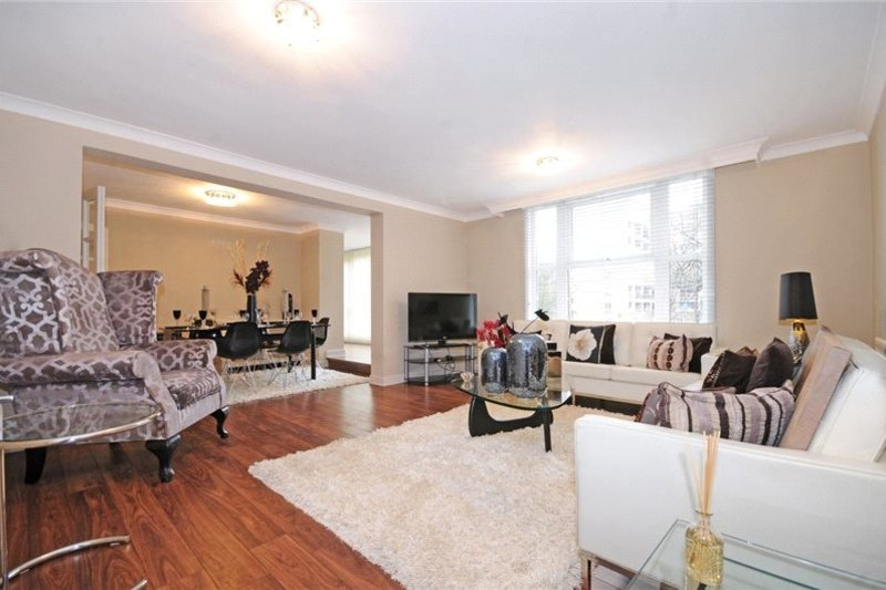 3 Bedroom Flat to rent in St John's Wood Park, London,  NW8 6NJ