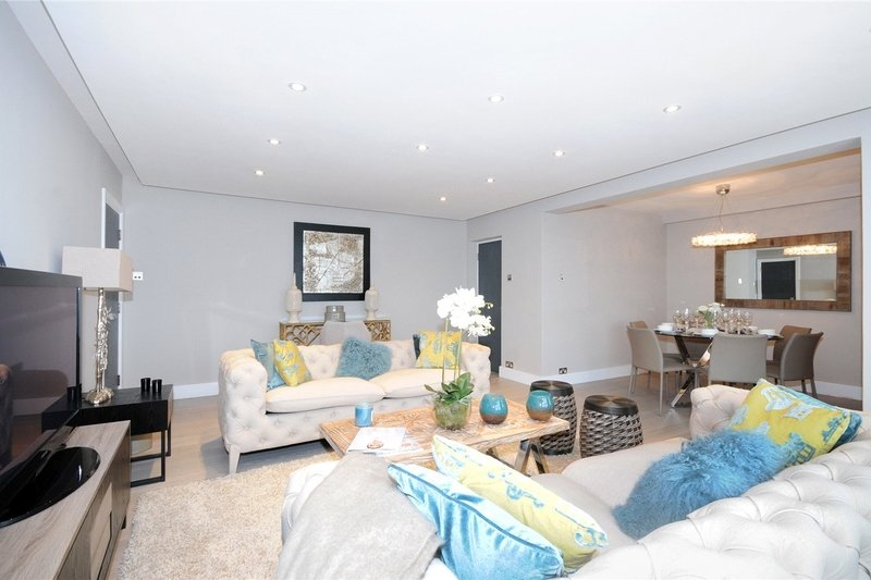 3 Bedroom Flat to rent in St. John's Wood Road, London,  NW8 6NG