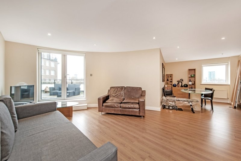 2 Bedroom Flat to rent in Palgrave Gardens, London,  NW1 6EJ