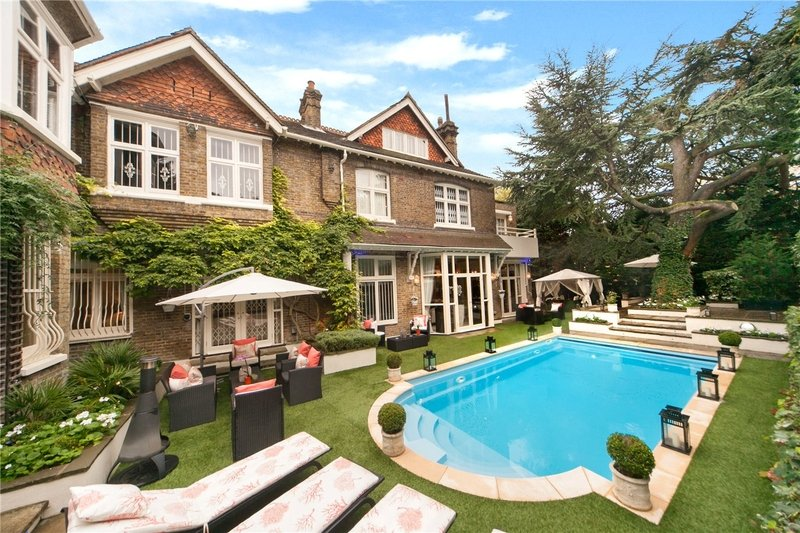 8 Bedroom House to rent in Hampstead, London,  NW3 6XY