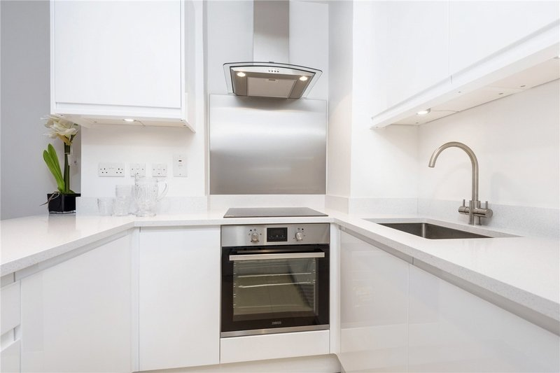 1 Bedroom Flat to rent in 33 Grove End Road, London,  NW8 9LR
