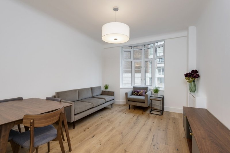 1 Bedroom Flat to rent in 33 Grove End Road, London,  NW8 9LL