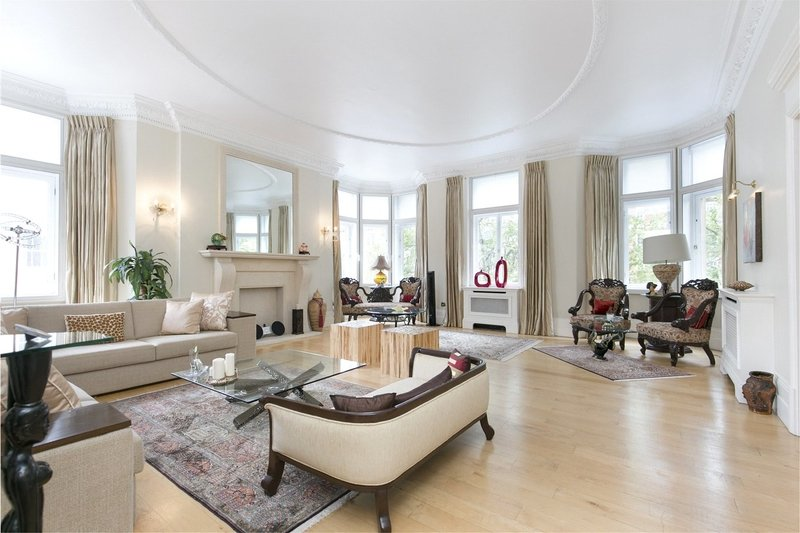 4 Bedroom Flat to rent in Marylebone Road, London,  NW1 5HE