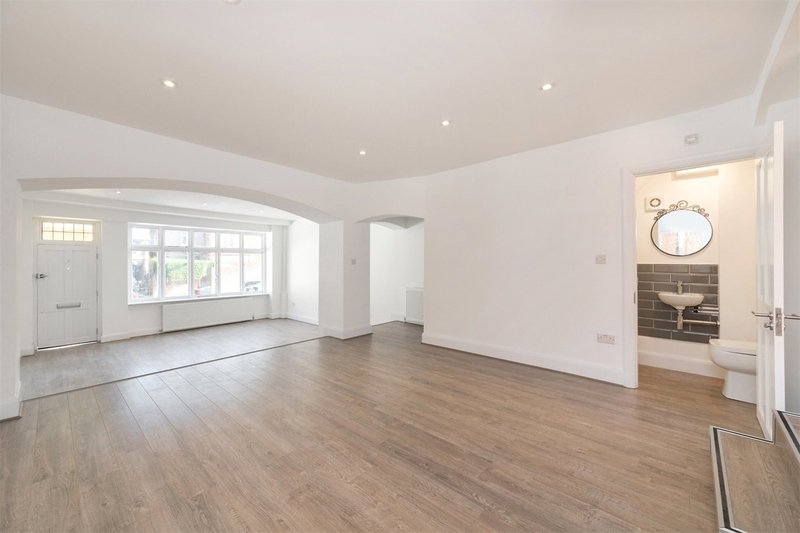 2 Bedroom House to rent in Hampstead, London,  NW3 5RN