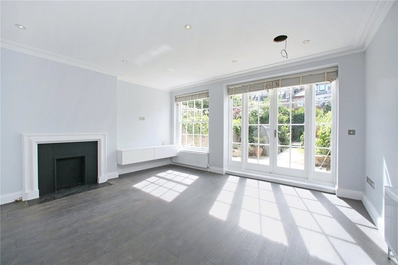 4 Bedroom House to rent in London, London,  NW8 6JL